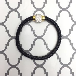 Jewelry - 🆕 Black & gold braided leather bracelets